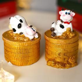 Сувенир полистоун шкатулка 'Бычок на золотых монетах' МИКС 8,3х6,3х5,5 см Ош