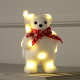 """Фигура световая """"Медведь с посохом в шарфе"""", 15х9х6 см, фиксинг, от батареек, Т/БЕЛЫЙ"""