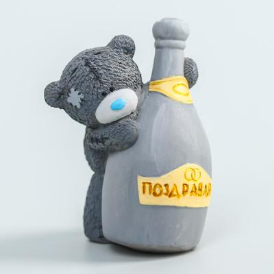 """Polystone souvenir """"Bear Me to you with a bottle of champagne-Congratulations"""" 6, 5x7 cm"""