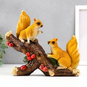 "Souvenir polystone ""Squirrels on a branch with supplies"" 18, 5x21x8 cm"