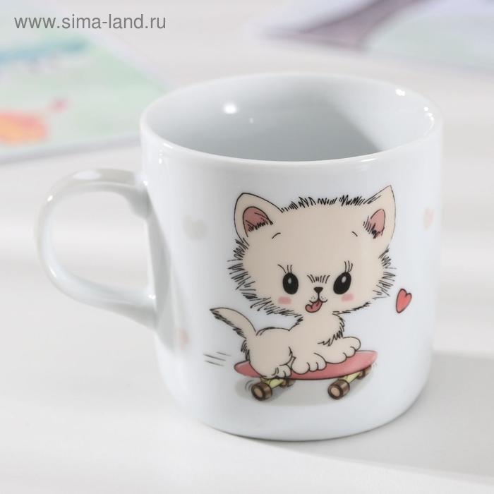 Kitten on a skateboard mug, 230 ml
