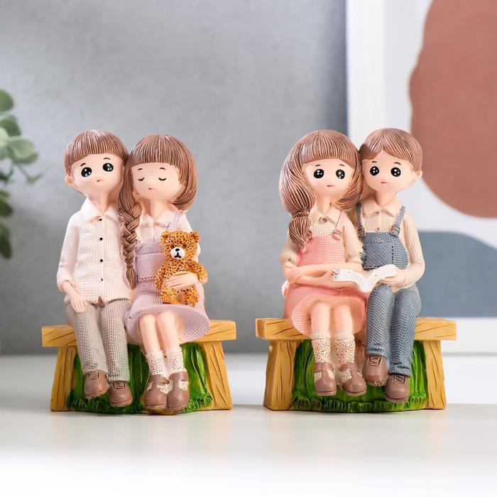 """Сувенир полистоун """"Парочка детей на скамейке"""" МИКС 11х7,3х4,5 см"""