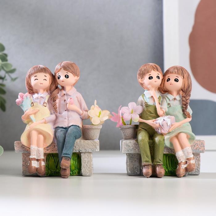 """Сувенир полистоун """"Дети на скамейке"""" МИКС 10,5х7,7х4,5 см"""