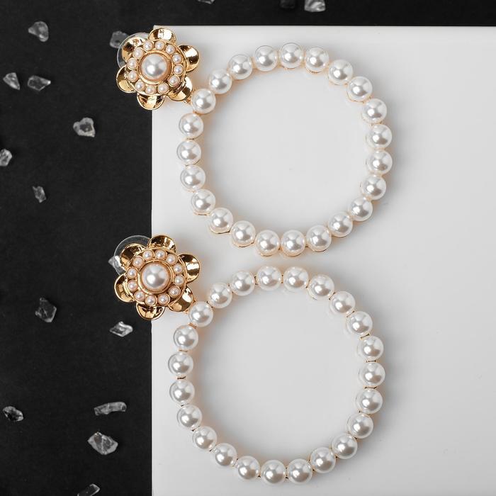 """Серьги с жемчугом """"Круг"""" с цветком, цвет белый в золоте - фото 496594"""
