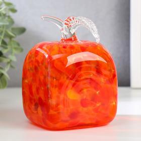 "A souvenir glass to Steklomash ""Apple square"" 12 cm red"