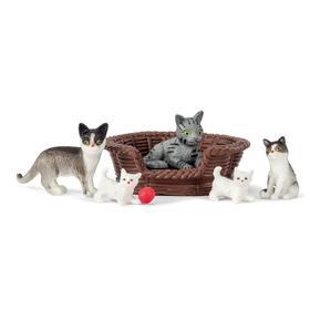 Набор животных «Кошачья семья»