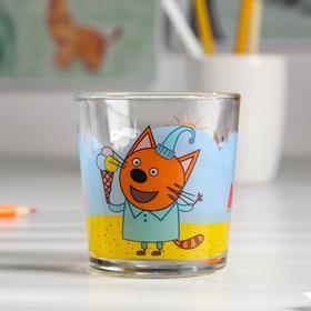 """A glass of 250 ml of """"Three cats.Summer"""""""