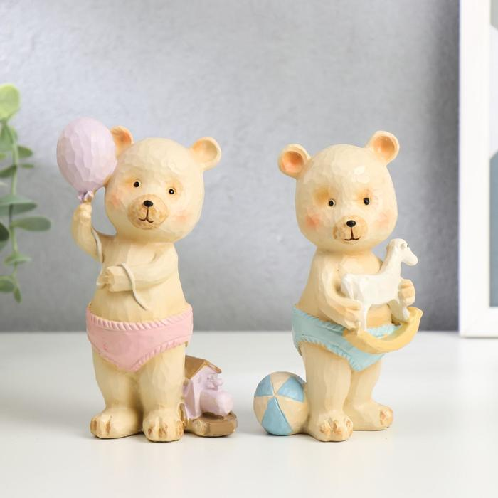 "Сувенир полистоун ""Медвежонок в трусиках, с игрушкой"" МИКС 13х5,5х5 см"