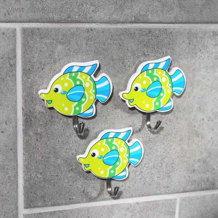 "A set of hooks on the Velcro ""3 fish"", 3 PCs, MIX color"