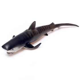 Фигурка животного «Тигровая акула», длина 46 см
