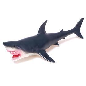 Фигурка животного «Серая акула», длина 41 см
