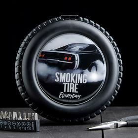 """Набор инструментов в колесе """"Smoking tire"""", 24 предмета"""