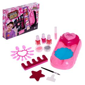 """Set for girls for manicure """"Fashionista"""" with a stamp, with accessories"""