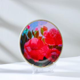"""Decorative plate """"roses"""", with a picture on canvas, D = 20 cm"""