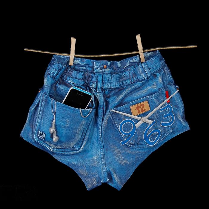 """Часы настенные """"Шорты джинсовые"""""""