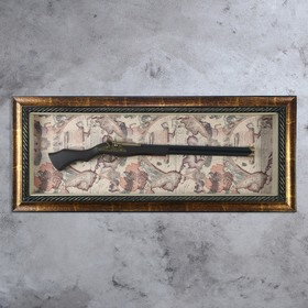 Панно с ружьем на карте мира, рама под патину, 8х49х114 см
