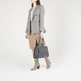 Сумка женская, отдел на молнии, 2 наружных кармана, длинный ремень, цвет серый - фото 52727