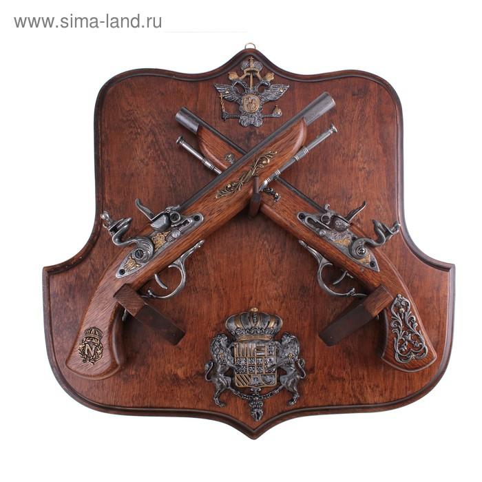 """Макет 2-х пистолей на панели """"Российское княжество"""""""