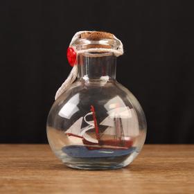 Корабль сувенирный, в бутылке, вертикальн. 9*7см