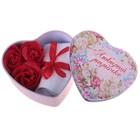 """Набор мыльных лепестков в шкатулке-сердце """"Любимой мамочке"""": 3 бутона и полотенце (20х20)"""
