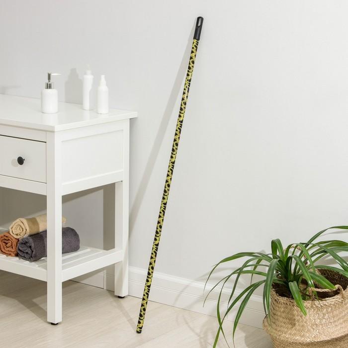 Черенок металлический с цветным принтом 120 см, цвет МИКС