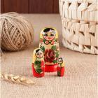 Матрёшка «Розочка», желтый платок, 3 кукольная, 7 см