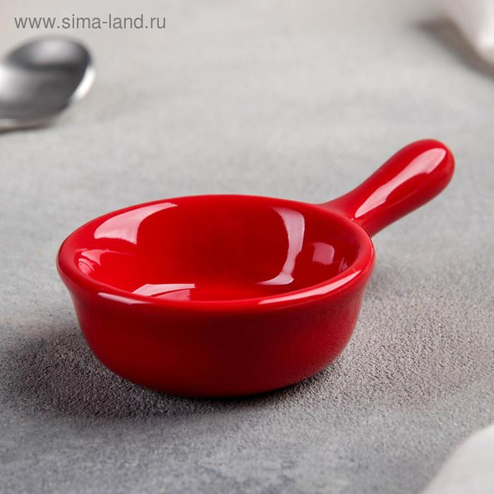 """Saucer with handle """"classic"""" 10x6x2, 5 cm, red"""