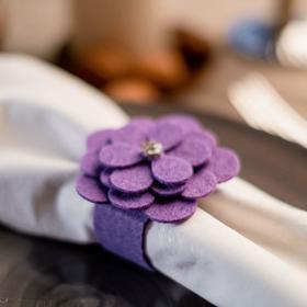 """Кольцо для салфетки """"Цветок"""" 6,5 х 6,4 см, 100% п/э, фетр"""