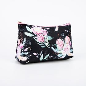 A simple cosmetic bag, 24*7*16, otd without zipper, without lining, protea on black