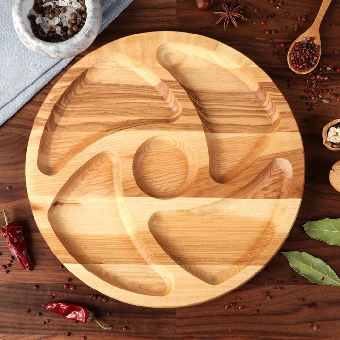 """Тарелка-доска для закусок и нарезки """"Италия"""", с соусником, d-30 см, массив ясеня - фото 7683092"""