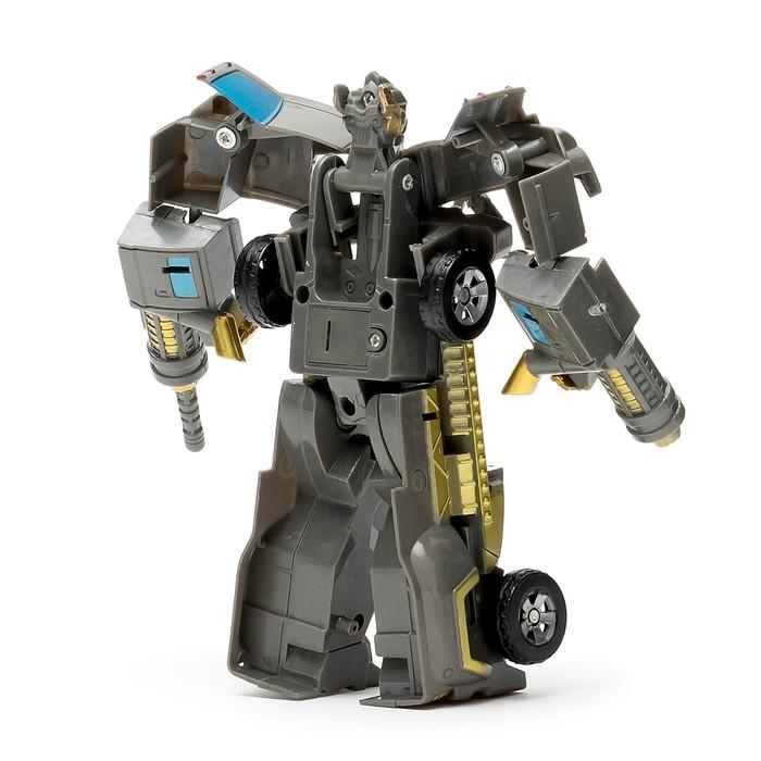 Робот-трансформер «Боевая машина»
