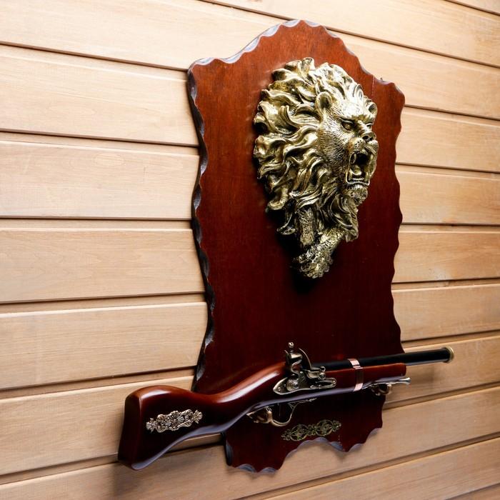 Сувенирное оружие на планшете «Ружьё», крупный накладной элемент — лев