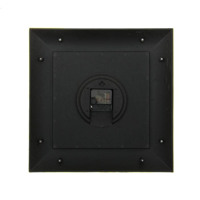"""Часы настенные квадратные """"Наложение"""", 38 × 38 см, объёмный золотистый узор на бордовой раме"""
