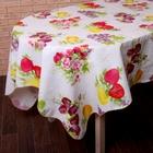 """Скатерть """"Фруктовый сад"""", размер 152х152 см, пвх на флизелиновой основе"""
