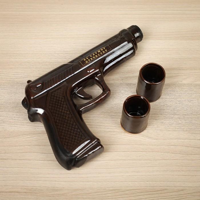 """Штоф с рюмками """"Пистолет"""" 3 предмета, 0,3 л"""