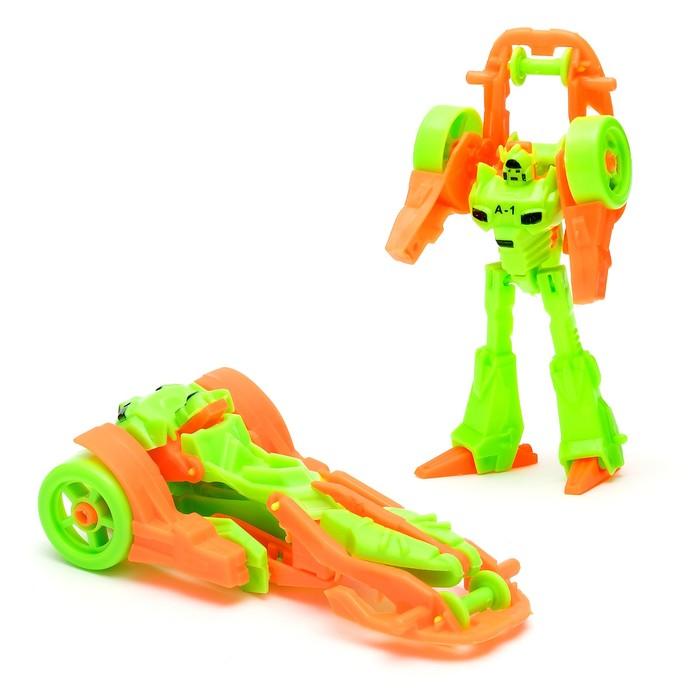 Робот-трансформер «Гонка», цвета МИКС