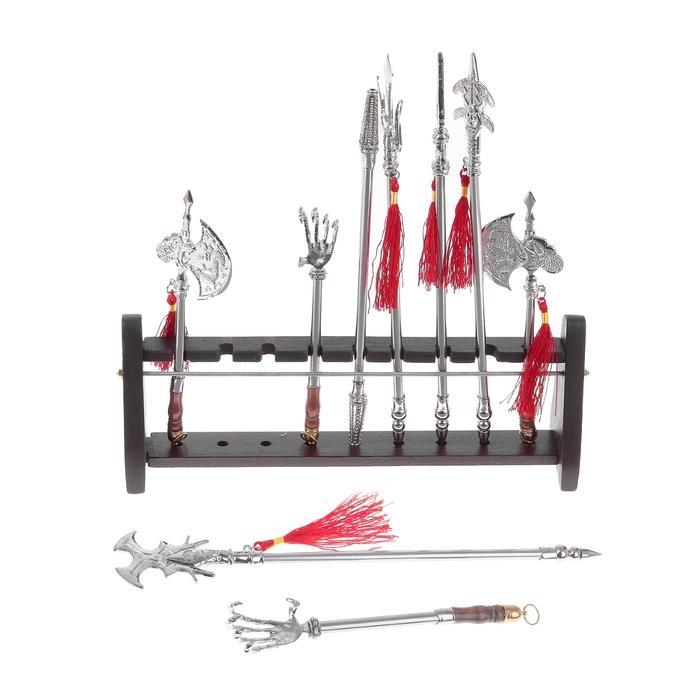 Набор сувенирного оружия на подставке, 9 шт в наборе