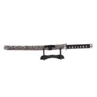 Сувенирное оружие «Катана на подставке», серые ножны под змеиную кожу