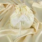 Сумочка невесты со стразами и кружевом, атлас-жаккард, белая