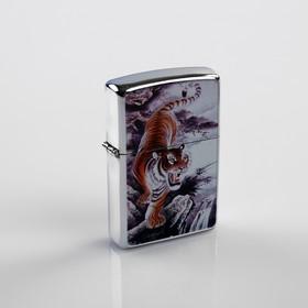 Зажигалка «Мудрый тигр» в металлической коробке, с кремнием, бензин, 6x8 см в Донецке