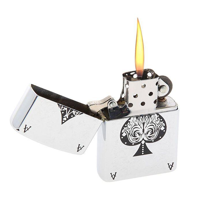 Зажигалка «Туз пик» в металлической коробке, с кремнием, бензин