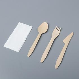 Набор одноразовых столовых приборов из дерева (вилка, ложка, нож + салфетка)