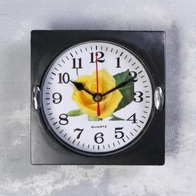 Часы настенные квадратные 'Серия Black. Жёлтая роза', 15 × 15 см, чёрные Ош