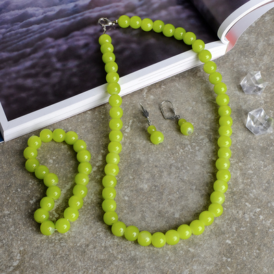 """The set of 3 items: earrings, necklace, bracelet, ball No. 10 """"Chrysoprase"""""""