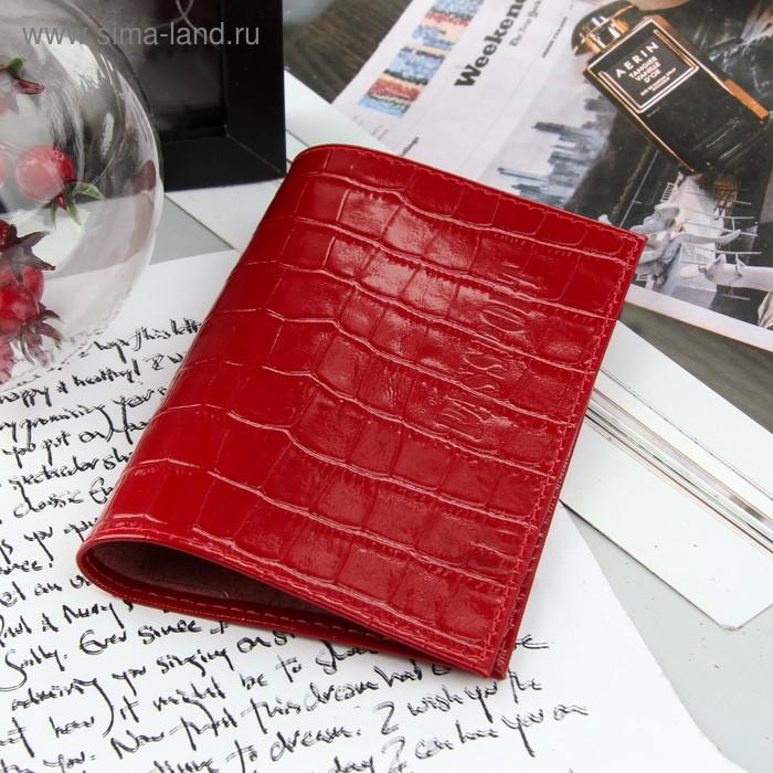 Обложка для паспорта, красный крокодил