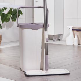 Набор для уборки: швабра плоская 80-132 см, ведро с отсеками для полоскания и отжима 25×25х×37 см, 2 насадки из микрофибры 32×12 см