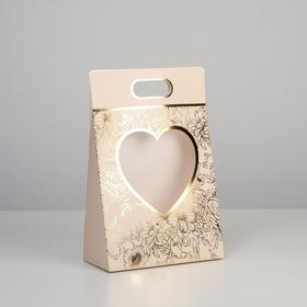 Carrying for flowers Love, beige, 24 × 12.5 × 37 cm