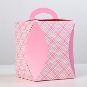 "{{photo.Alt || photo.Description || 'Коробка для кулича ""Клетка"" диаметр 12,4 см'}}"