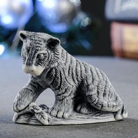 """Сувенир """"Молодой тигр сидящий"""" 5х6,5 см"""