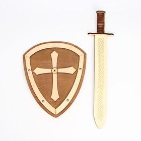 Деревянное оружие «Щит и меч» 24×44,5×5,6 см